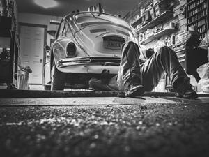 nettoyant-degraissant-professionnel-pour-garage