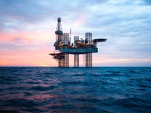 nettoyant-professionnel-degraissant-petrole